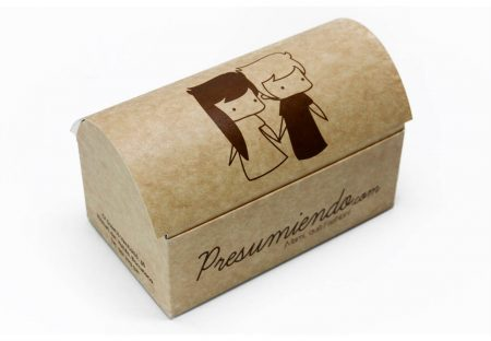 Caja baúl. cartón. Packaging: Cajas de cartón. Estuches de cartón. caja baúl